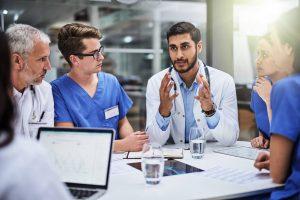 A tomada de decisão na gestão da saúde: entenda o impacto da análise de dados