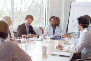 Entenda o que é a DUT e seu impacto na rotina do médico auditor